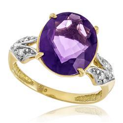 Anel com 6 Diamantes e Ametista oval, em Ouro Amarelo