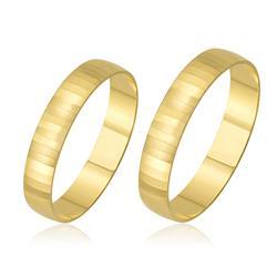 Par de Alianças com Efeito Diamantado trabalhadas em Ouro Amarelo
