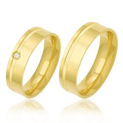 Par de Alianças Largas com Frisos com Diamante, em Ouro Amarelo