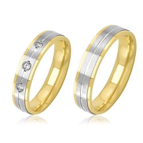 Par de Alianças Frisadas com 3 Diamantes, em Ouro 2 Cores