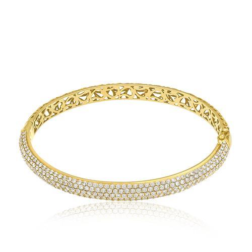 Bracelete com Diamantes totalizando 4,56 Cts., em Ouro Amarelo
