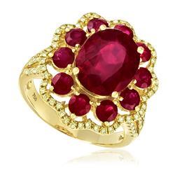 Anel com Diamantes totalizando 92 pts. e Rubis totalizando 8,89 Cts., em Ouro Amarelo