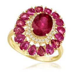 Anel com 26 Diamantes e Rubis totalizando 7,84 Cts., em Ouro Amarelo