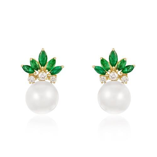 Par de Brincos com Diamantes totalizando 50 pts., 10 Esmeraldas e Pérolas de 9 mm, em Ouro Amarelo