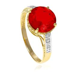Anel com 6 Diamantes e Quartzo Rubi Central¸ em Ouro Amarelo