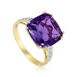 Anel com 8 Diamantes e Ametista¸ em Ouro Amarelo
