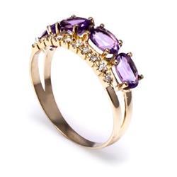 Anel com 10 Diamantes e 4 Ametista Totalizando 2¸40 Cts¸ em Ouro Amarelo