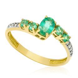 Anel com Esmeraldas totalizando 66 Pts e Diamantes, em Ouro Amarelo