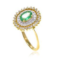 Anel com Diamantes e Esmeralda Central de 80 pts., em Ouro Amarelo