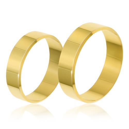 Par de Alianças modelo Plano Chanfrado trabalhadas em Ouro Amarelo