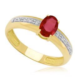 Anel com Rubi Oval e 6 Diamantes, em Ouro Amarelo