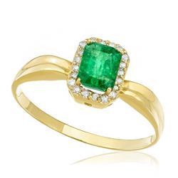 Anel com Esmeralda Retangular de 70 Pts e Diamantes totalizando 10 Pts, em Ouro Amarelo