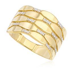Anel com Efeito Ondulado e 24 Pts em Diamantes, em Ouro Amarelo