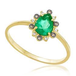 Anel com Esmeralda Gota e Diamantes, em Ouro Amarelo