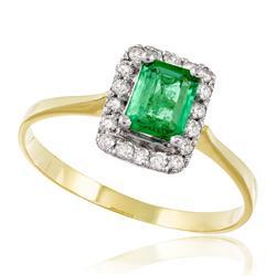 Anel com Diamantes totalizando 25 pts e Esmeralda de 90 pts., em Ouro Amarelo