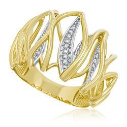 Anel Trabalhado com Diamantes totalizando 50 pts, em Ouro Amarelo