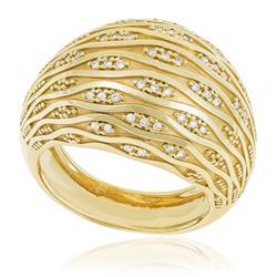 Anel com Diamantes totalizando 30 pts., em Ouro Amarelo