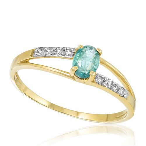 Anel com Diamantes totalizando 10 pts. e Turmalina Paraíba de 50 pts., em Ouro Amarelo