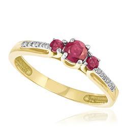 Anel com Rubis totalizando 65 pts. e 12 Diamantes Laterais, em Ouro Amarelo