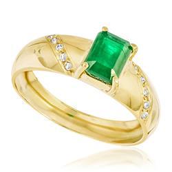 Anel com Diamantes com totalizando 10 pts. e Esmeralda de 40 pts., em Ouro Amarelo