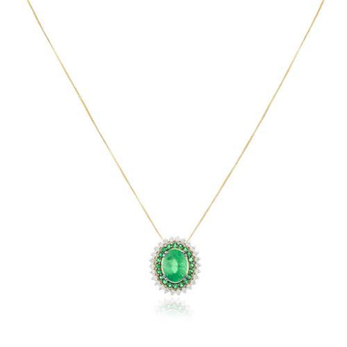 Pingente com 26 Diamantes e 20 Esmeraldas Laterais e Esmeralda Central de 1,0 Ct., em Ouro Amarelo