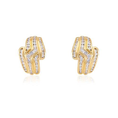Par de Brincos de Ouro com Diamantes totalizando 1,80 Ct f485a96e32