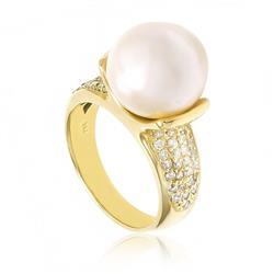 Anel com Diamantes e Pérola South Sea de 13mm em Ouro Amarelo