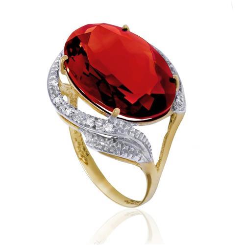 Anel com 8 Diamantes e Quartzo Rubi Oval¸ em Ouro Amarelo