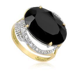 Anel com 8 Diamantes e Onix¸ em Ouro Amarelo