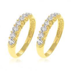 Par de Aparadores com 14 Diamantes em Ouro Amarelo