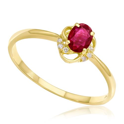 Anel com Rubi Oval e 10 Diamantes, em Ouro Amarelo