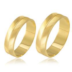Par de Alianças trabalhadas com efeito Diamantado, em Ouro Amarelo