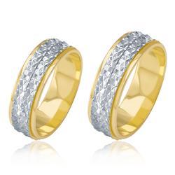 Par de Alianças Duplas com efeito Diamantado, em Ouro Amarelo