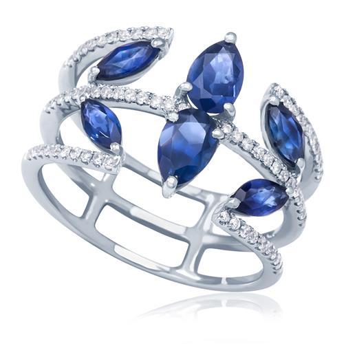 Anel trabalhado com Safiras totalizando 1,8 Ct e Diamantes, em Ouro Branco