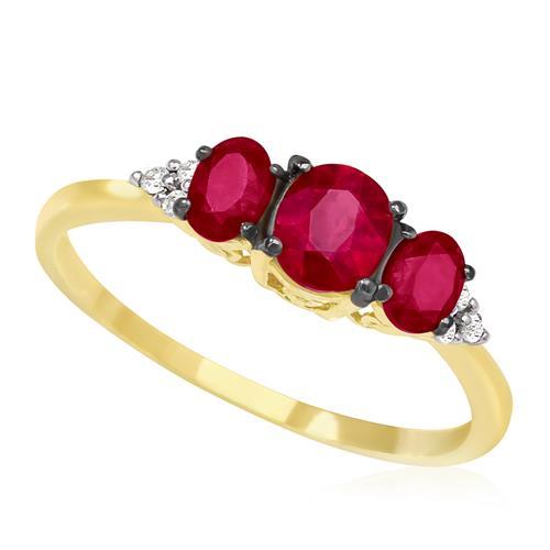 Anel com 3 Rubis e 6 Diamantes, em Ouro Amarelo